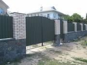 Ворота,  заборы,  решетки,  оградки,  качели и прочие элементы из металла.